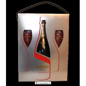 Mumm Champagne met 2 glazen